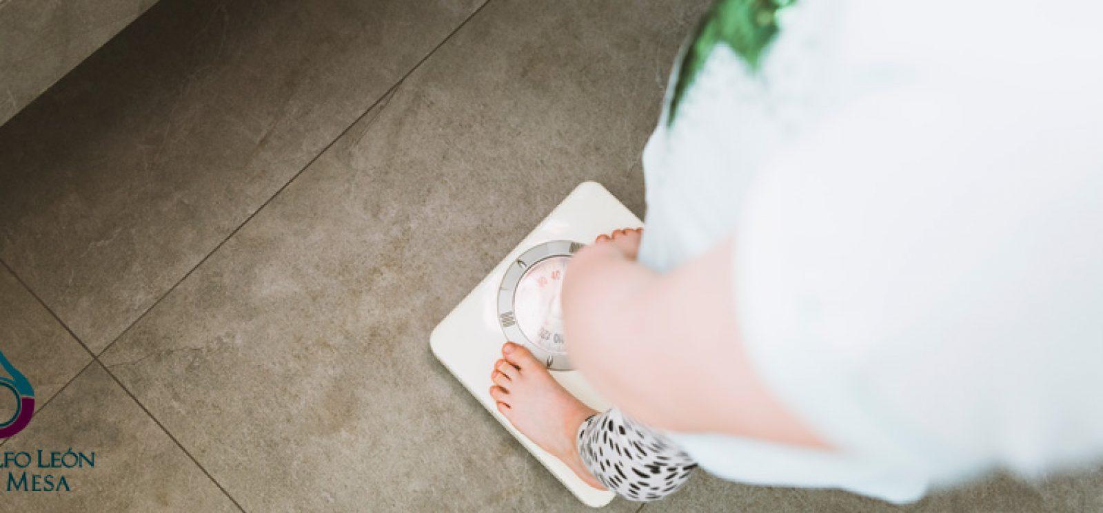 ¿Por qué es tan fácil engordar y tan difícil bajar de peso?